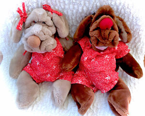 Vintage 1981 Wrinkles Dog Matching Twins Puppet Set Red Clothes