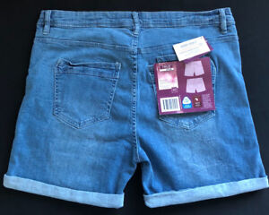 Ladies Shorts for sale