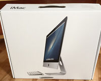 """iMac 21.5"""", late 2012, with wireless keyboard and magic mouse"""