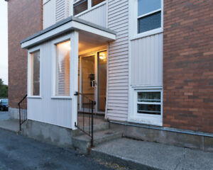 BRIGHT & SPACIOUS TWO BR APT CLOSE TO MSVU & HFX SHOPPING CENTER