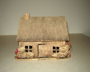 Decorative House (Clay?)