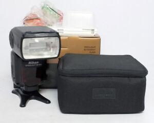 Nikon SB-910 SB910 Speedlight Electronic Flash $400