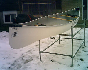 Canoe 16ft Evergreen Cottager/ VGC w/ Paddles/PFD