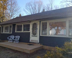 Sandpiper Cottage Bayfield by Huron Shores Cottages