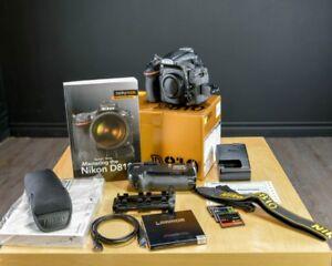 """Nikon D810 avec son """"Battery grip"""" Nikon pile, cartes mémoire ++"""