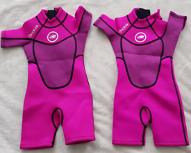 Hot tuna wetsuit 2-3 years old