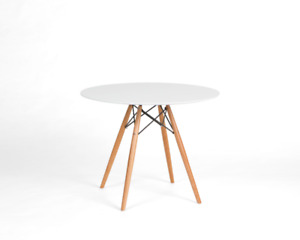 FS: Eames 4 seater round dining table * white or black*
