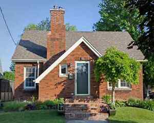 BEAUTIFUL SETTING | CHARMING HOME | PRIME LOCATION