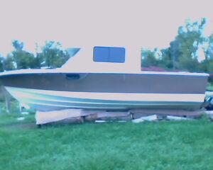 For Sale: 23Ft Crestliner Crusader Belleville Belleville Area image 1