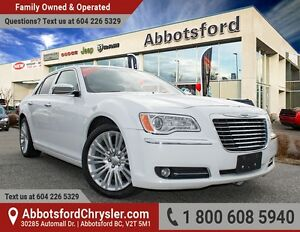 2012 Chrysler 300 Limited w/ Panoramic Roof