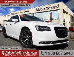 2015 Chrysler 300 S Navigation & Panoramic Roof!