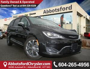 2017 Chrysler Pacifica Limited X-DEMO