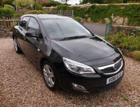 61 reg (2011) Vauxhall Astra 60k mileage diesel £30/yr tax!