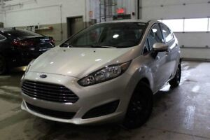2015 Ford Fiesta SE Hatchback ONLY 12000 KM!!! VERY CLEAN, NEVER