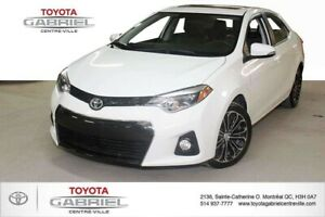 2016 Toyota Corolla S  CVT SUNROOF + LEATHER SEATS + HEATED SEAT