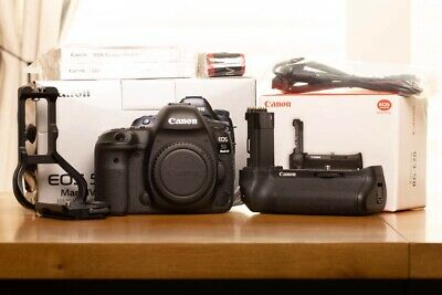Canon EOS 5D MarkIV + accessories