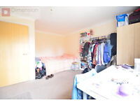 Amazing 3 Bedroom Town House -- E9 5LA-- GBP 1,700 PM -- Call Now To View Now!!!