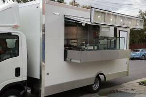MOBILE FOOD VANS & TRUCKS