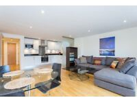 Modern 1 Bed Flat With Private Balcony & Off Street Parking Ideal For Couple Mins Clapham Junction