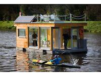 House Boat UK - Prague Prestige