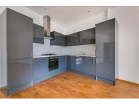 2 x Bedroom Flat with 2 X Bathrooms in Tolworth broadway (Brand new construction )Fully furnished