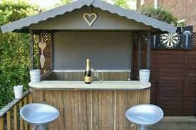 Garden bar/outdoor bar/ tiki bar