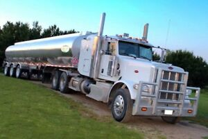 2014 PETERBILT FOR SALE WITH GOOD RUN AND RELIABLE DRIVER