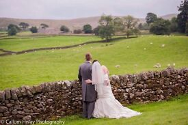 Photographer - *Weddings * - Special February Offer! *Special events* *Portraits*