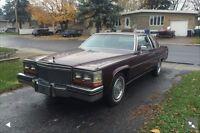 Cadillac coupe de ville 1980