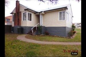 BATHURST 4 bedroom home Parkes Parkes Area Preview