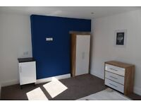 Rooms to rent over Hull