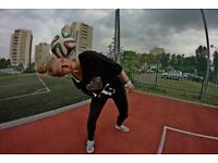 I am Proffesional Freestyl Football (show , commercial )