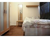 CR*Large single room to rent in Limehouse**ALL BILLS INCLUDED**