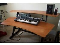 Music studio / production desk - Quicklok Z600