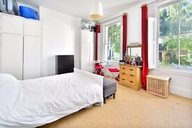 WALLACE ROAD, N1: 1 DOUBLE BEDROOM FLAT, WELL LOCATED, WELL PROPORTIONED ROOMS, TALL CEILINGS