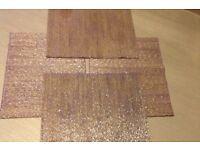 Housing units table mats like new