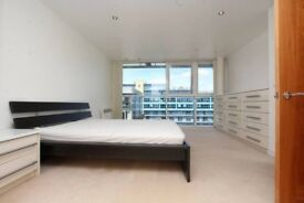 Large Double bedroom to rent in Greenwich
