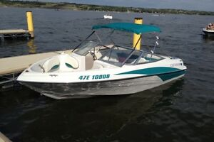 Four Winns boat 4.3L V6 190HP Volvo Penta