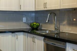 Vibrant Recently Renovated 3 Bedroom Townhouse - Amherstview