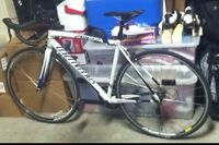 Specialized Allezz bike 700 or best offer paid 1200