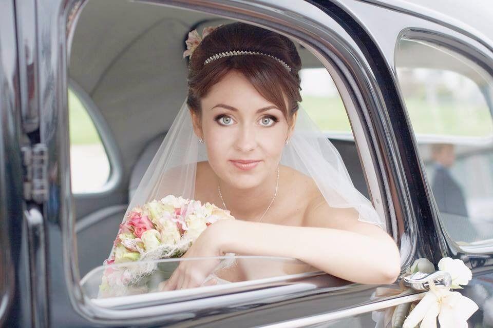 Wedding Hair Stylist & Makeup Artist in Southampton,Winchester
