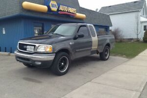 2003 Ford F-150 4x4(on floor) Heritage Edition