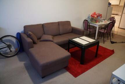 [Sydney Central] Want 2 females and 1 male to move in ASAP
