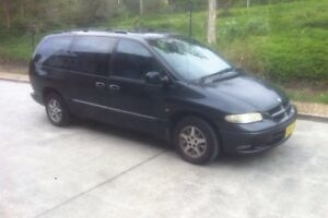 7seater Chrysler grand voyager Coolangatta Gold Coast South Preview