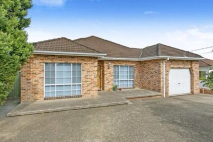 MODERN 1 BEDROOM GRANNY FLAT - TO LET Revesby Heights Bankstown Area Preview