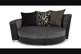 DFS Scarlett Cuddle Chair