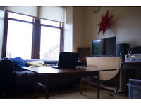 Double Bedroom to Share Available in West End - Just Off Queen Margaret Drive