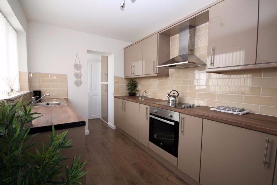 2 bedroom flat for rent!!!!!
