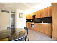 Newly Refurbished 4 Bed House In Stoke Newington, N16 - Private Garden - Available Now!!