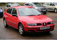 Seat leon 1.6 petrol 4 doors red 2003